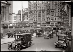 Fifth Avenue Easter: 1913