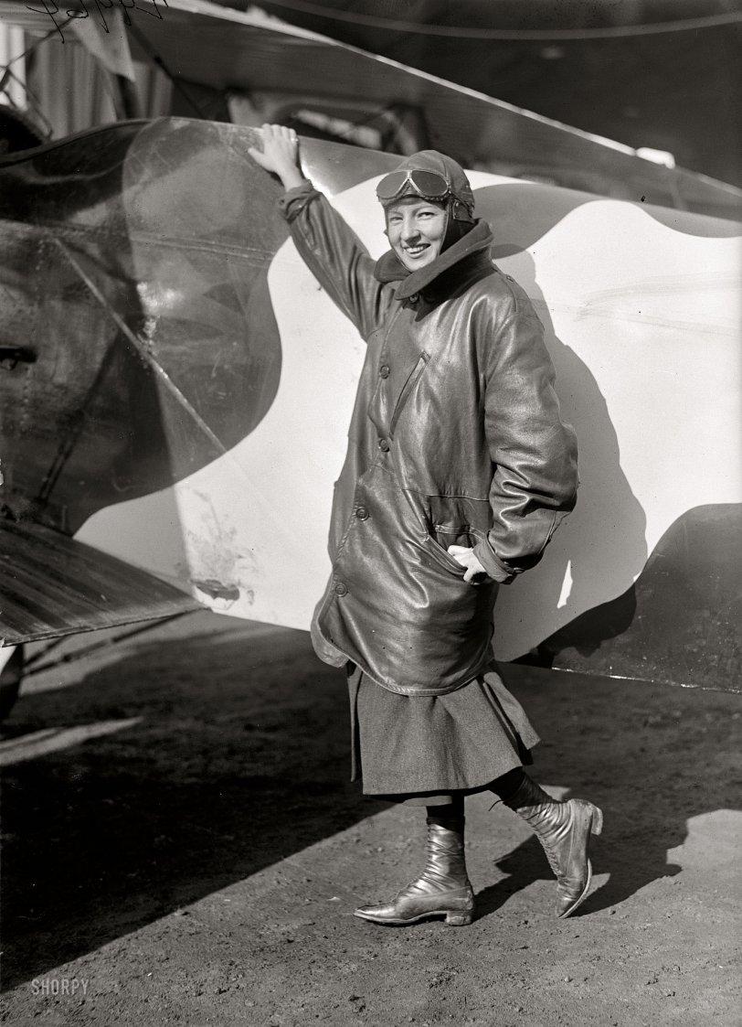 Flygirl: 1918