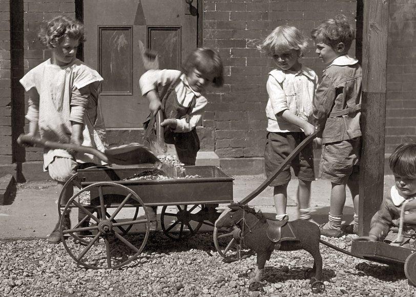 Playtime: 1920