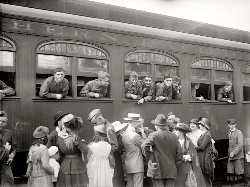 Homecoming: 1919