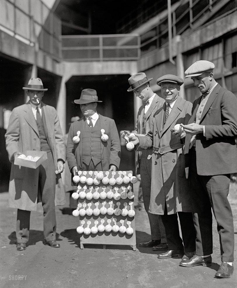 Throw a Pair: 1924