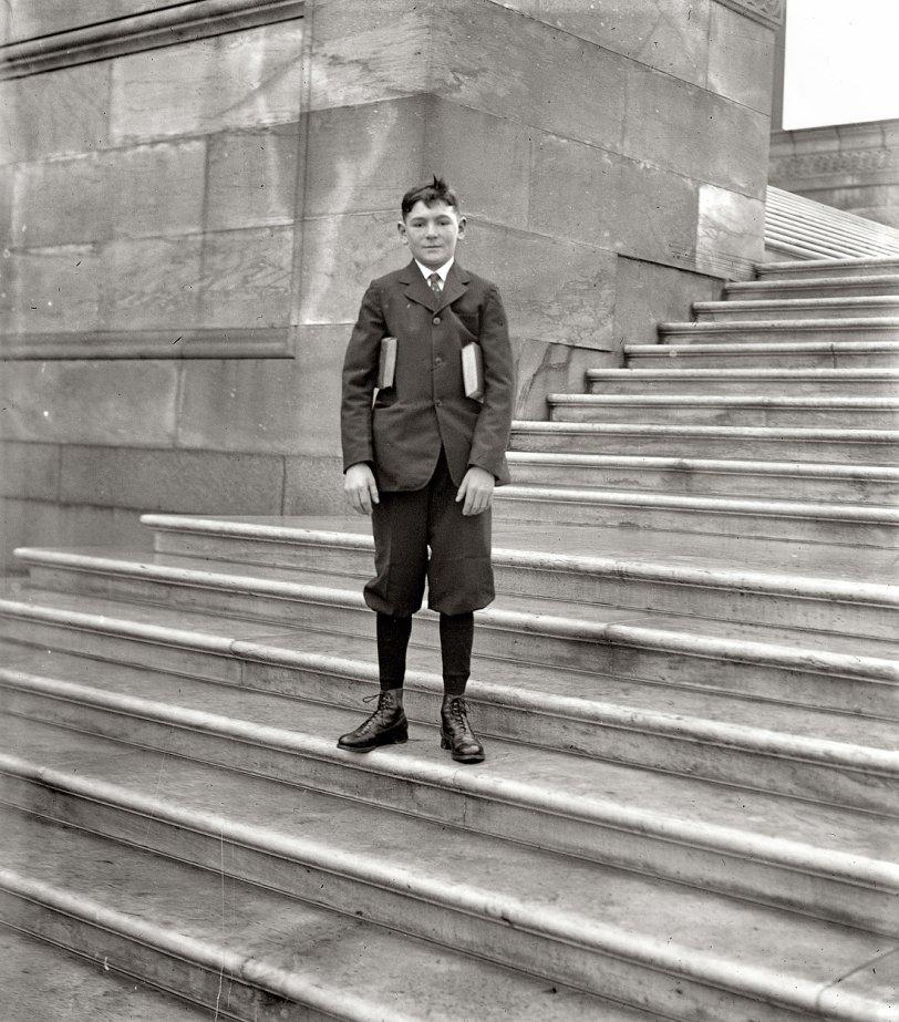 Pageboy Sam: 1924