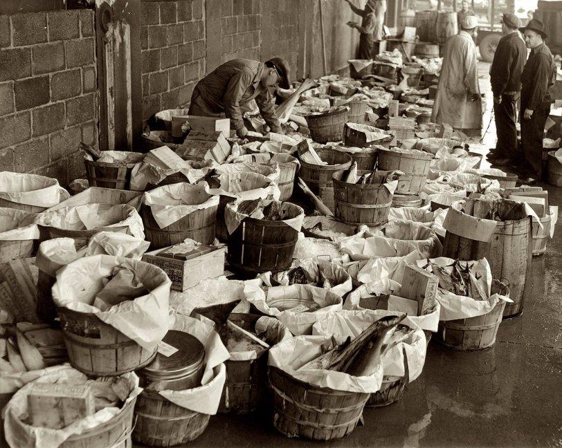 Fulton Fish Market: 1944