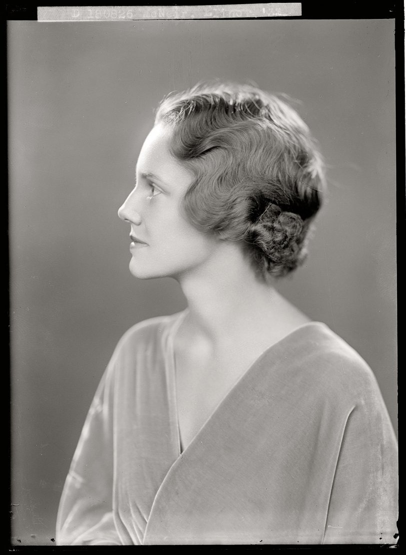 Elinor M.: 1933