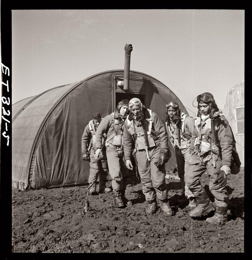 Tuskegee Airmen: 1945