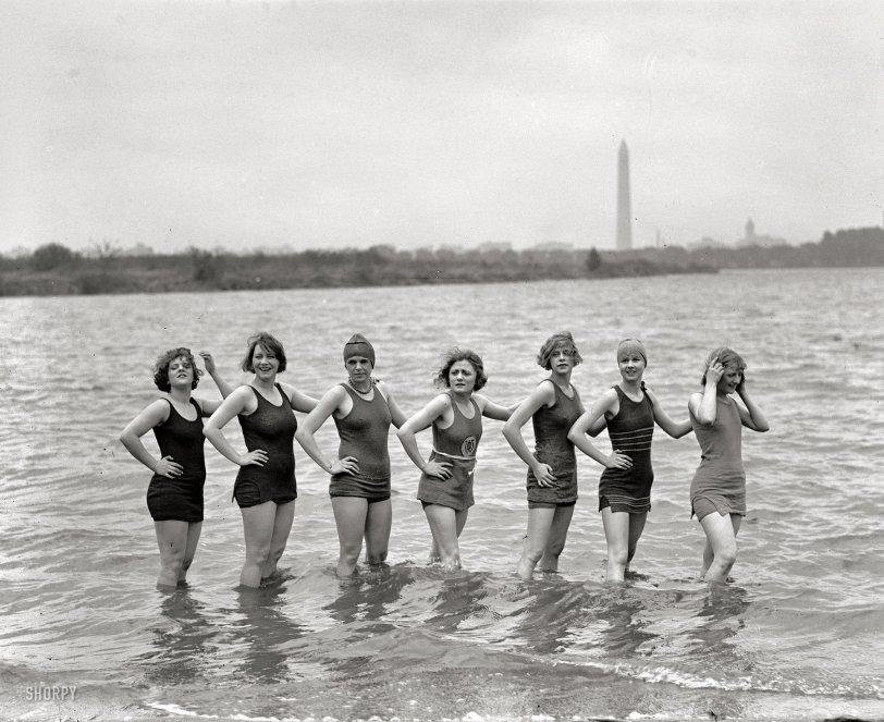 Chillin': 1925
