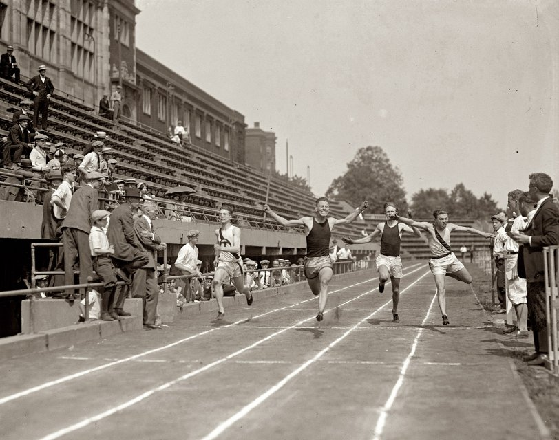 Running With a Fast Crowd: 1925