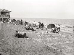 Swim Suits: 1914