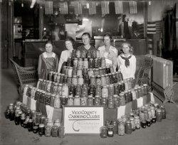 War Garden Girls: 1918