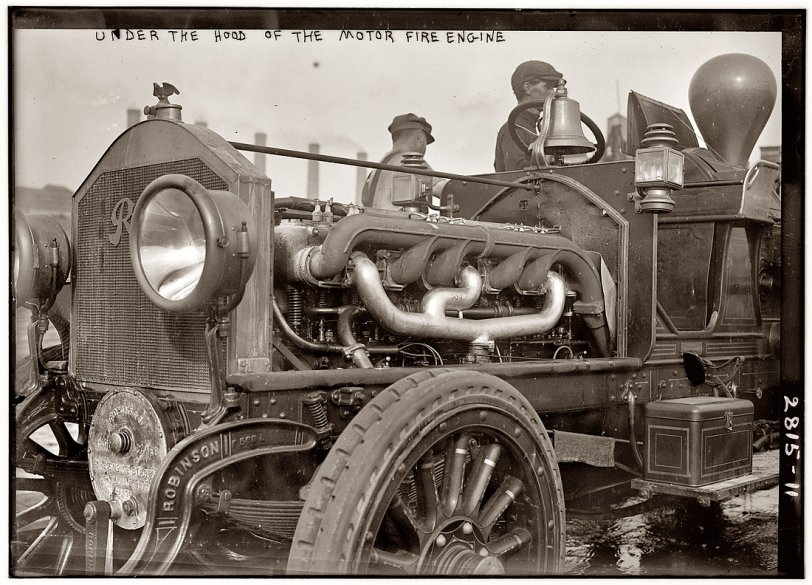 The Motor Fire Engine: 1913