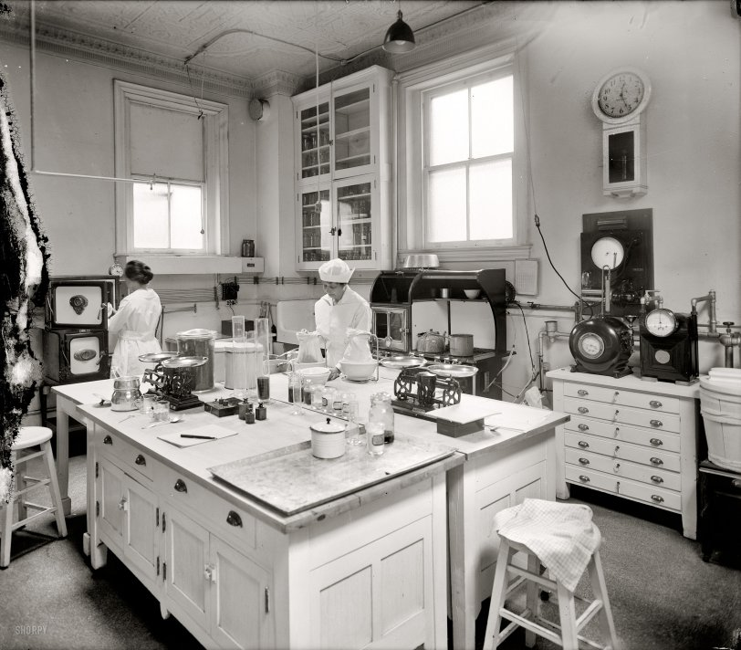 Home Ec 1920 Shorpy Historical Photos
