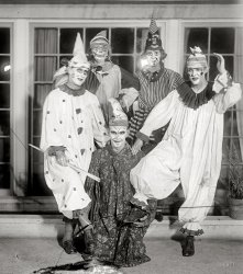 Evil Clowns: 1925