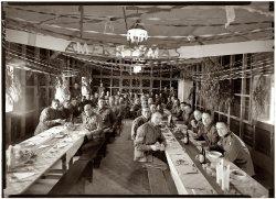 A Merry Xmas: 1940