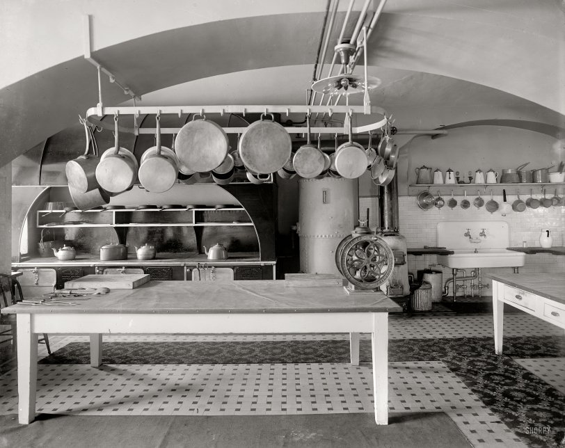 White House Kitchen: 1909