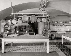 White House Kitchen: 1909