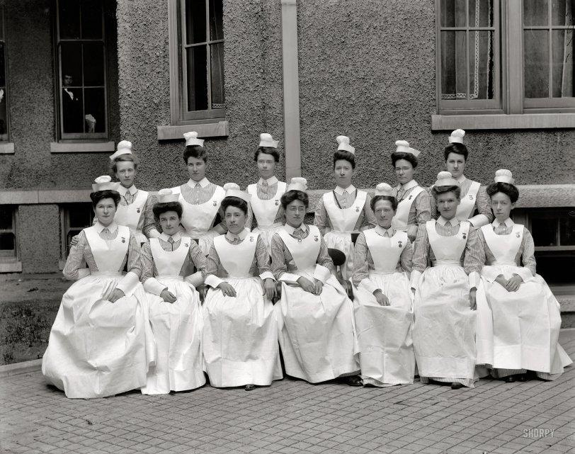The Nurses: 1910