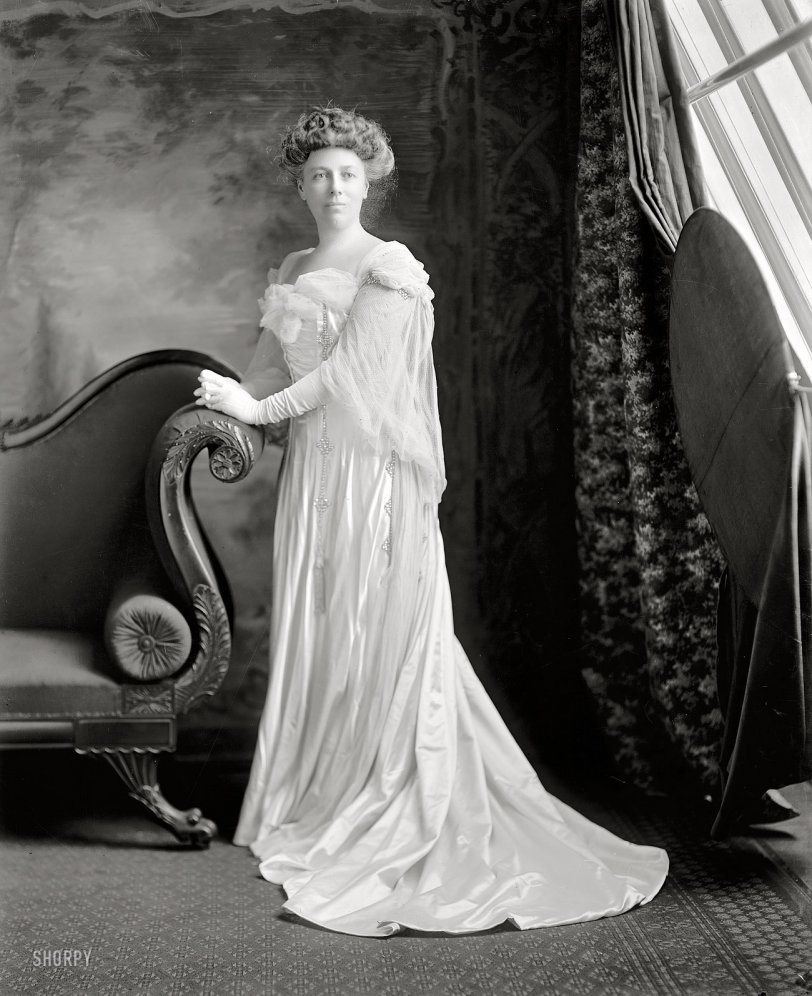 The First Lady: 1909