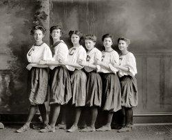 C Girls: 1910