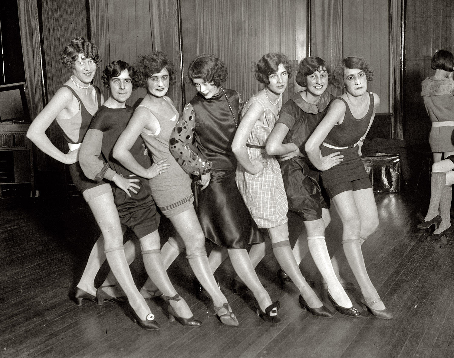 Shorpy Historic Picture Archive :: A Chorus Line: 1925 high-resolution photo
