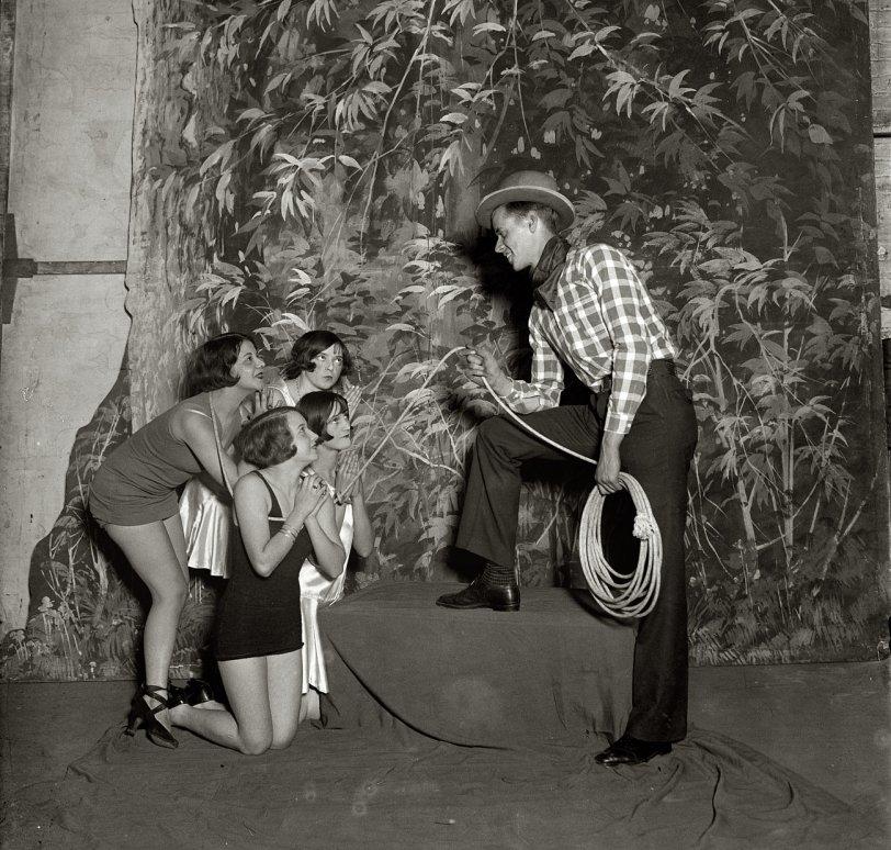 Pony Ballet: 1925