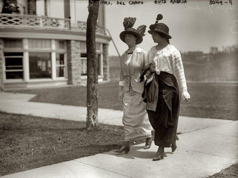 Our Humble Chapeaux: 1914