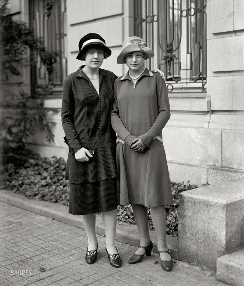 Pauline and Ellis: 1926