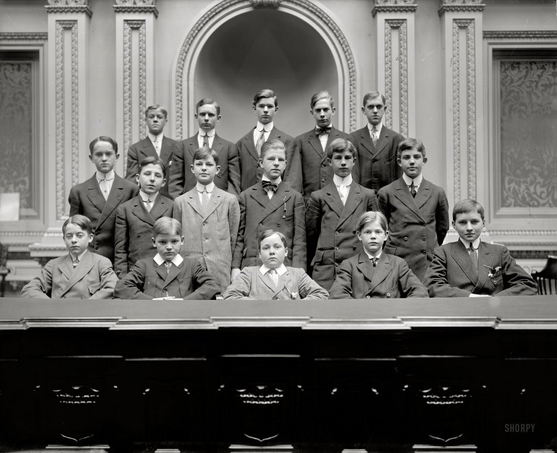 Old Boys' Club: 1910
