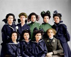 Gunston Girls (Colorized): 1905