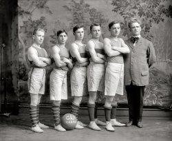 Junior Varsity: 1911