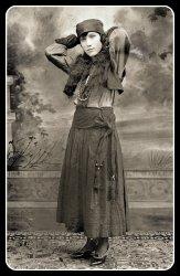 Helen Solomon Ziv circa 1917