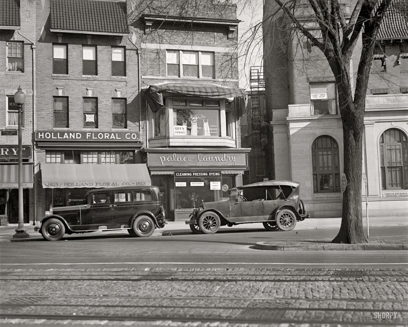 Palace Laundry: 1925