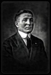 Leo C. Ziv: 1915