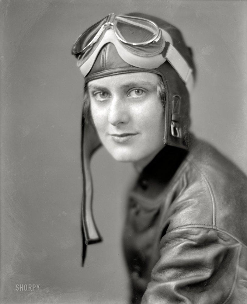 Aviatrix: 1920