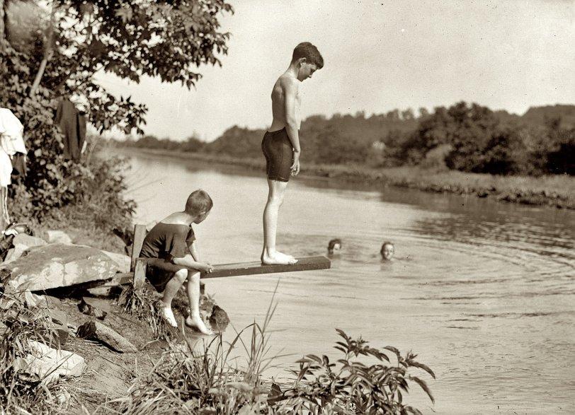 Little Dipper: 1915