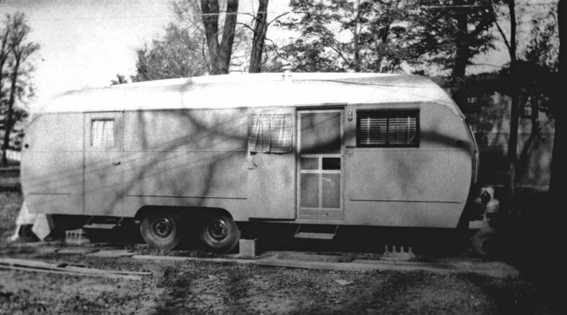 Travel Trailer: 1947