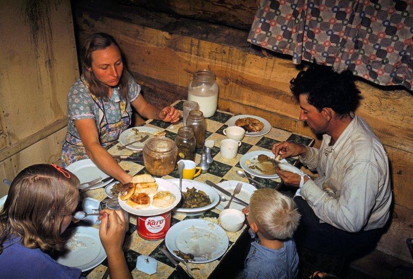 Pie Town Sitdown: 1940