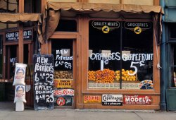 Grand Grocery: 1942