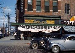 Eagle Fruit Store: 1942