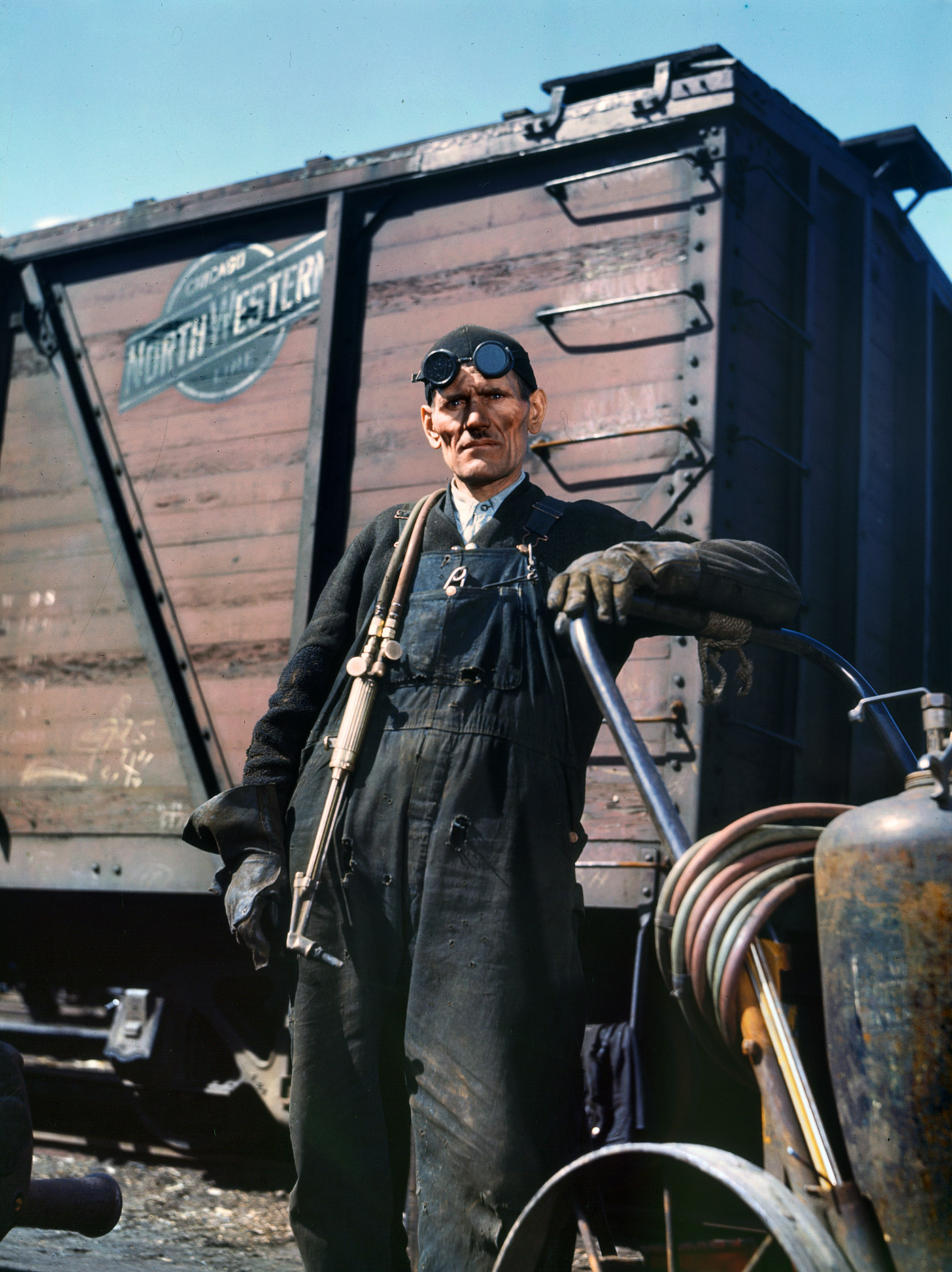 CNW Railroad Welder via Shorpy.com