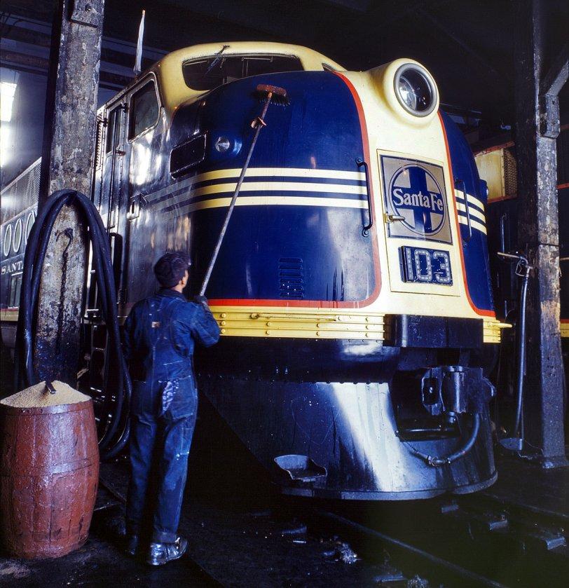 Santa Fe Diesel: 1943