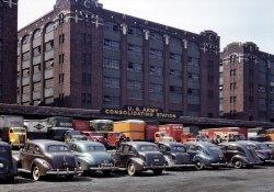 Tutti Frutti Trucks: 1943