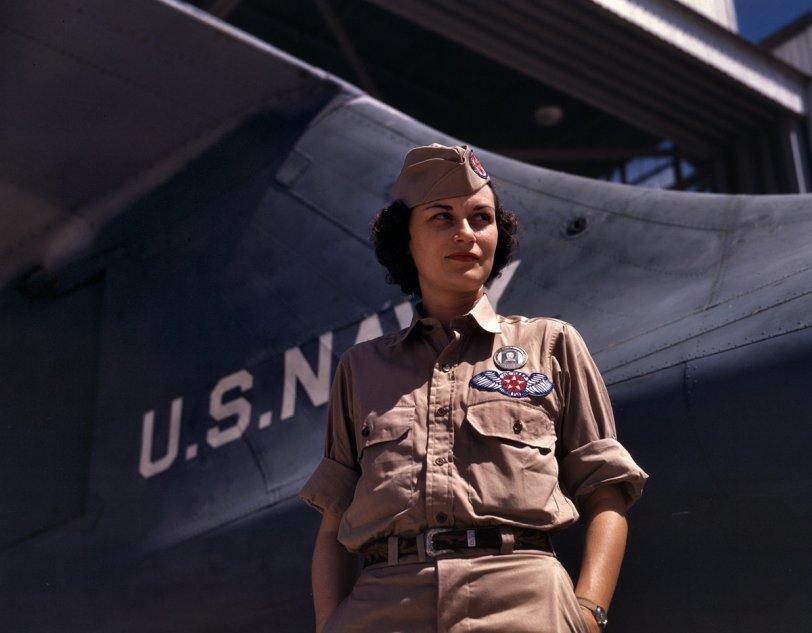 Eloise Ellis: 1942