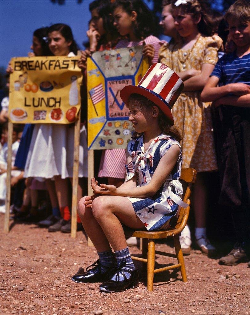 Miss Liberty: 1942