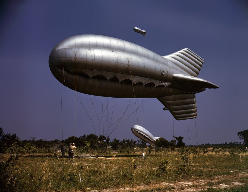 Balloon Wranglers: 1942
