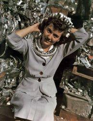Annette Del Sur: 1942