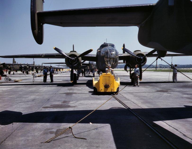 B-25: 1942