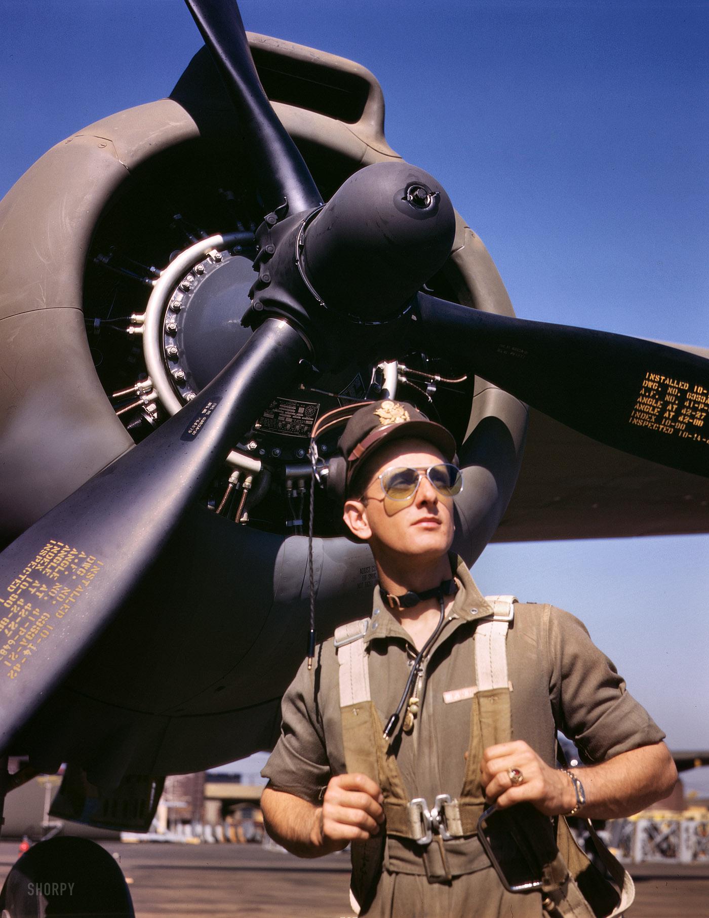 Mike Hunter: 1942