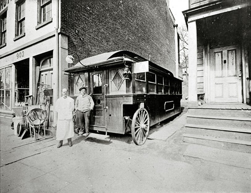 Lunch Wagon: c.1925