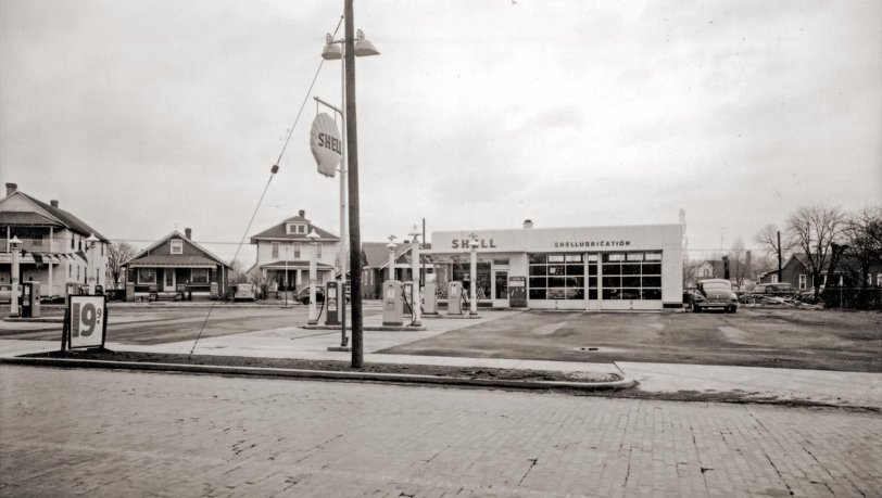 Shell Station: 1953