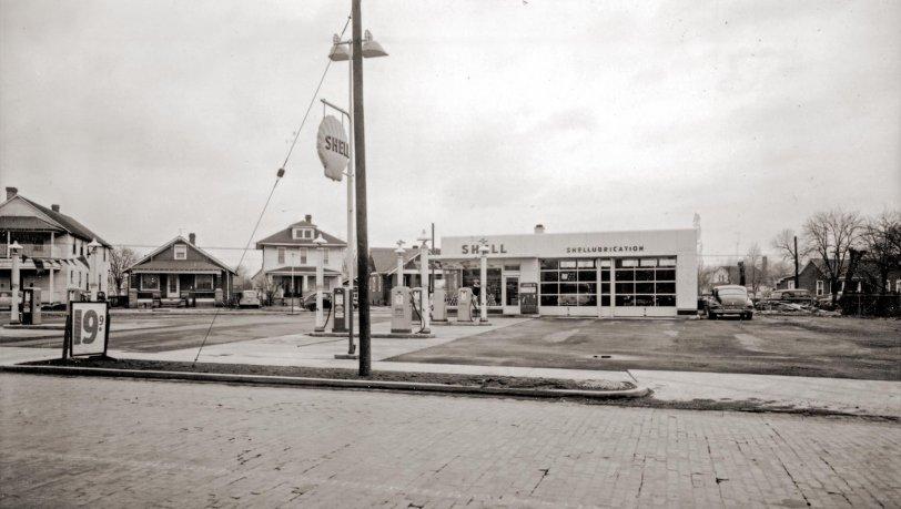 Shell Station: 1953